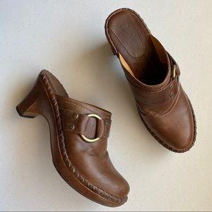 Frye CHARLOTTE Ring Harness Leather Slip Clog Heel